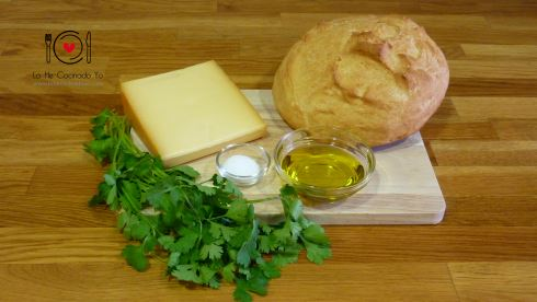 Pan con queso fundido