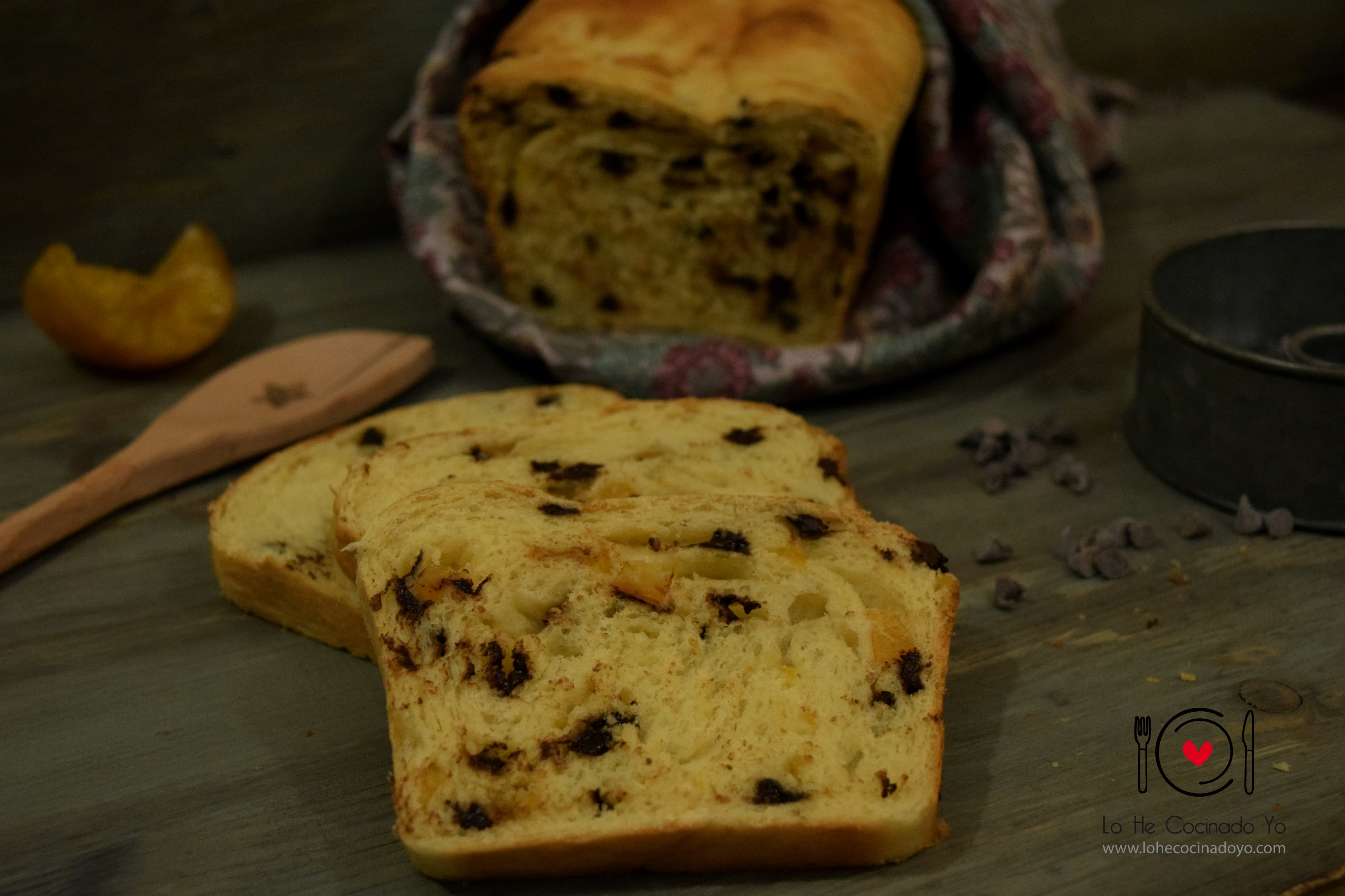 Pan de Molde con Chocolate y Naranja Confitada