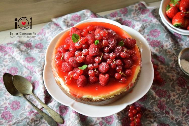 Cheesecake con Crema de Fresas
